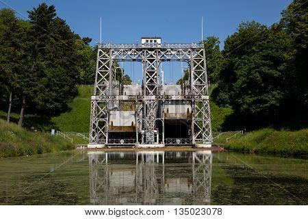 Canal Du Centre - Strepy-bracquegnies