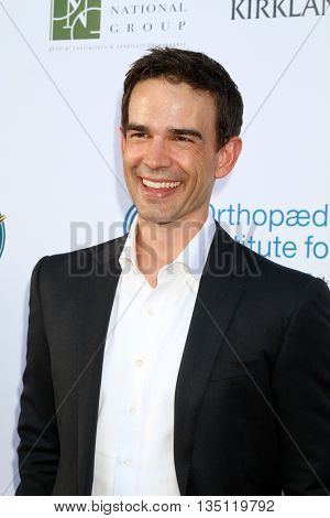 LOS ANGELES - JUN 18: Christopher Gorham at the Stand For Kids Gala at the Twentieth Century Fox Studios Lot on  ,  June 18, 2016 in Century City, CA