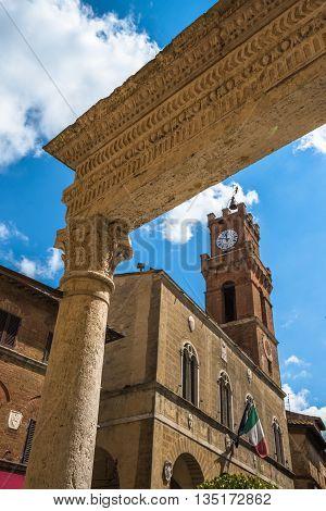 Piccolomini Well In Piazza Pio Ii, The Main Square Of Pienza, Tuscany, Italy