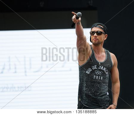 Boise, Idaho/usa - June 20, 2016: David Hernandez From American Idol On Stage Performing At Boise Pr