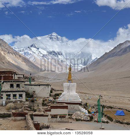 Tibet: rongbuk monastery