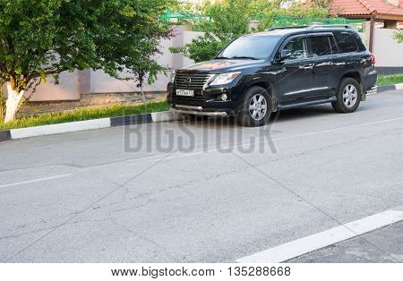 LOS ANGELES USA - APRIL 29 2016: Lexus LX 570 parked on the street. Big japanese jeep is very popular in USA.