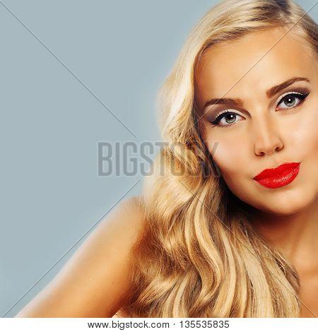 Beautiful Woman. Healthy Tanned Skin. Blond Hair. Beauty Fashion Portrait