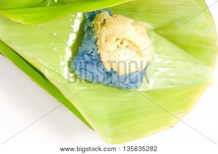 Sank Ka Ya on sticky rice. Thai style sweet desserts.
