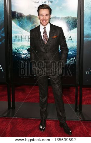 NEW YORK-DEC 7: Actor Erich Bergen attends the New York premiere of