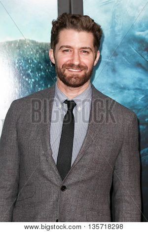 NEW YORK-DEC 7: Actor Matthew Morrison attends the New York premiere of