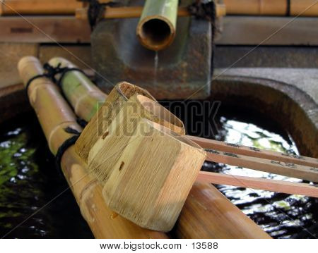 Bamboo Fountain With Ladles