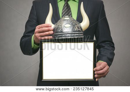 Best Bull Stock Broker. Diploma Template Of Best Player For Raising Stock Prices On The Exchange. Bu