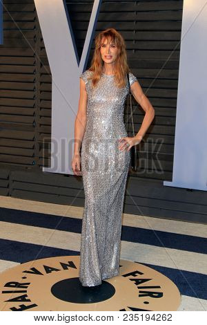 LOS ANGELES - MAR 4:  Kelly Lynch at the 24th Vanity Fair Oscar After-Party at the Wallis Annenberg Center for the Performing Arts on March 4, 2018 in Beverly Hills, CA