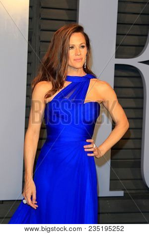LOS ANGELES - MAR 4:  Jennifer Garner at the 24th Vanity Fair Oscar After-Party at the Wallis Annenberg Center for the Performing Arts on March 4, 2018 in Beverly Hills, CA