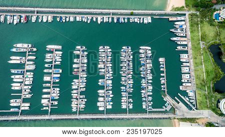 Topview Marine Station Luxury Yachts And Private Boats Seaport In Marine Station Complex , Pattaya P
