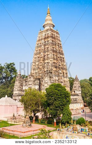 Mahabodhi Temple Complex In Gaya District In The State Of Bihar, India