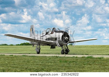 Eden Prairie, Mn - July 16 2016: North American T-28a Trojan Taxis At Air Show. Built To Replace Wor
