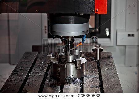 Milling Machining Center, Cnc Turning Center Metal Processing Machine