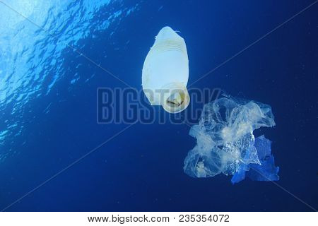 Plastic ocean underwater pollution environmental problem