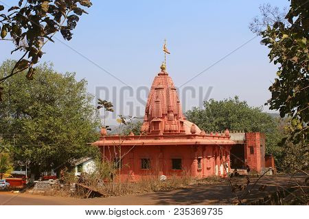 Temple Kalash Near Burondi, Dapoli At Ratnagiri, Kokan