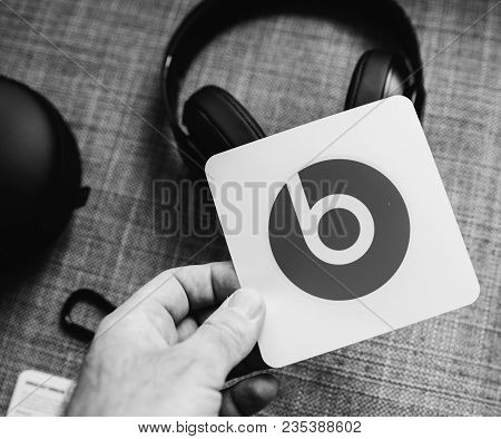 Paris, France - Mar 31, 2018: Man Unboxing New Apple Beats By Dr Dre Beats Studio 3 Wireless Headpho