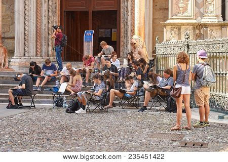 Bergamo, Italy: July 08 2017 - Architecture Students Drawing Architectural Details During En Plein A