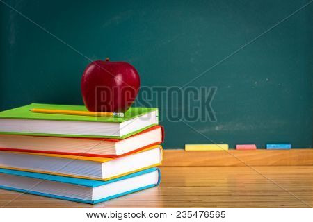 Apple Still Life Back To School Blackboard Education Chalkboard Background