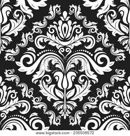 Classic Seamless Black And White Pattern. Traditional Orient Ornament. Classic Vintage Background