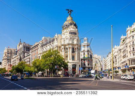 Madrid, Spain - September 21, 2017: Metropolis Building Or Edificio Metropolis Is An Office Building