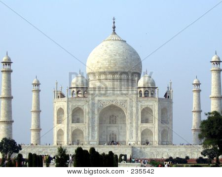 Taj Mahal Main View