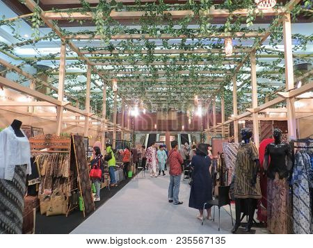 Jakarta, Indonesia - June 8, 2017: People Sightseeing On The Exhibition Booths In Batik Exhibition.