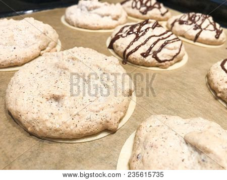 Making German Almond Macarons Macaroon Oblate Rice Paper Icing Sheet With Chocolate Glaze Tasty