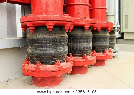 Pipe Vibration Isolator Of Fire Water Pipe At Ground Entry