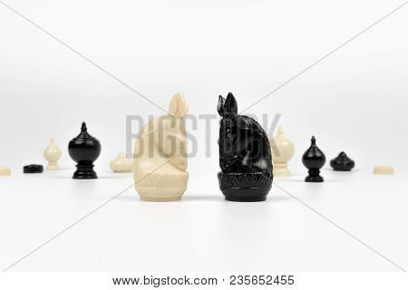 Thai Chess, White Knight Facing Black Knight, Competition Concept