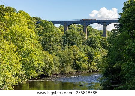 Pontcysyllte, Wrexham, Wales, Uk - August 31, 2016: View From The Gate Road Bridge At The River Dee,