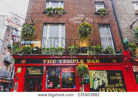 Dublin, Ireland - April 12th, 2018: The Temple Bar Pub In Dublin, Arguably The Most Popular Traditio
