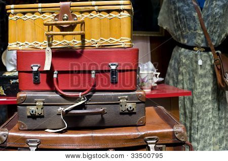 Second Hand Vintage Suitcases
