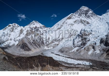 South-west Face Of Mount Everest 8848m With Khumbu Glacier From Kala Patthar 5644m View,khumbu Valle