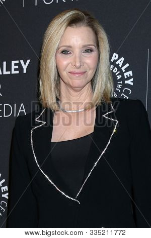 LOS ANGELES - NOV 21:  Lisa Kudrow at the The Paley Honors: A Special Tribute To Television's Comedy Legends at Beverly Wilshire Hotel on November 21, 2019 in Beverly Hills, CA