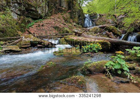 Waterfall Voievodyn Of Ukrainian Carpathians. Powerful Water Stream Of Smooth Polonyna. Wonderful Na