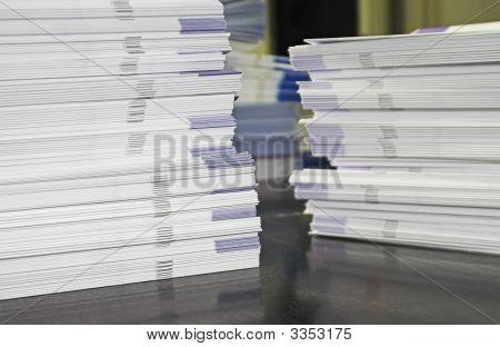 Handzettel Papier Stapel