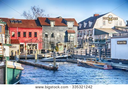 Newport, Rhode Island.  November 27, 2017.  Boats And Various Shops Located At The Harbor In Newport