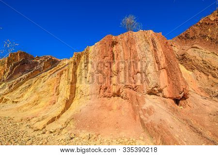 Vivid Colors Of Ochre Pits A Minerals Rock Formation Ochre On Dry Creek In West Mcdonnell Ranges. Po