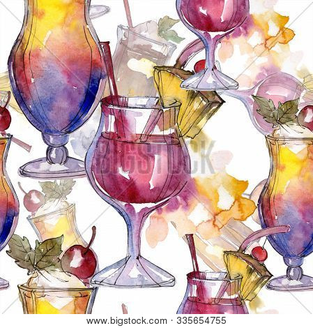 Cocktail Watercolor Background. Watercolour Drawing Seamless Background Pattern. Fabric Wallpaper Pr