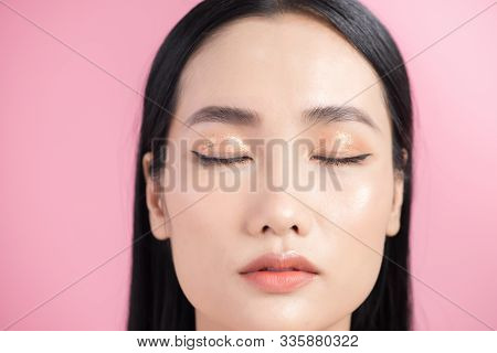 Asian Woman Skin Beauty Healthy Care Natural Makeup Close Up Face Beautiful Eyes