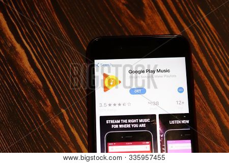 Los Angeles, California, Usa - 26 November 2019: Google Play Music App Store Page Close Up On Desk T