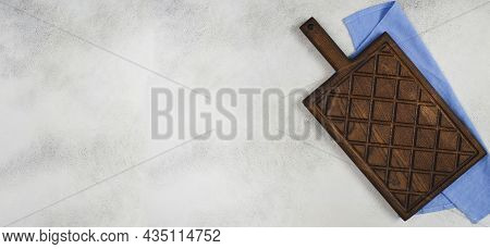 Empty Wooden Old Textured Cutting Board On Concrete Table For Desidn , Mock Up For Copy Space Text,