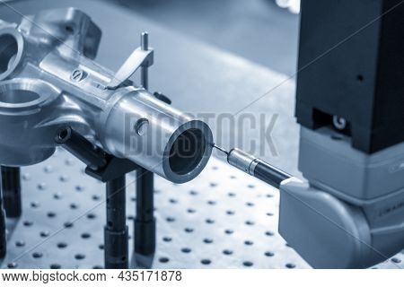 The Multi-axis Cmm Machine Measure The Power Steering Wheel Housing Parts . The Quality Control Of A