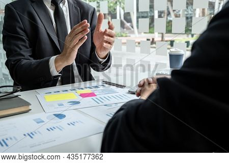 Business Executive Partner Cooperation Conference In Investment Ideas Marketing Planning And Present