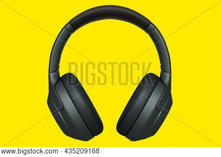 3D Rendering Of Black Gaming Headphones For Cloud Gaming And Streaming On Yellow
