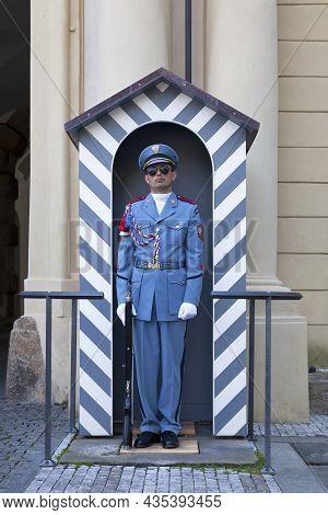 Prague, Czech Republic - June 14 2018: Royal Guard At The Entrance Of Prague Castle.