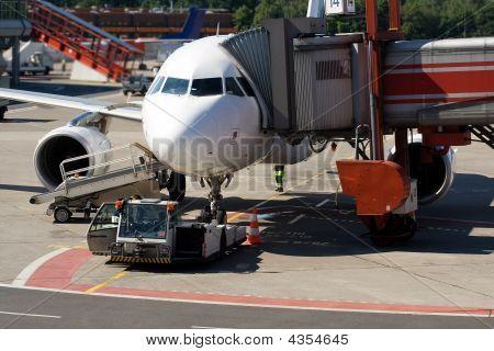 Airplane Dispatching