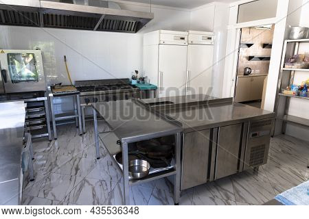 Professional Empty Kitchen, Table, Stove, Cafe, Bar, Restaurant.