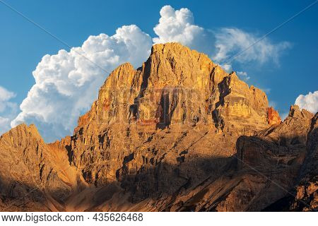 Mountain Peak Of The Dolomites At Sunset. Croda Rossa D'ampezzo Or Hohe Gaisl, Dolomites, Unesco Wor